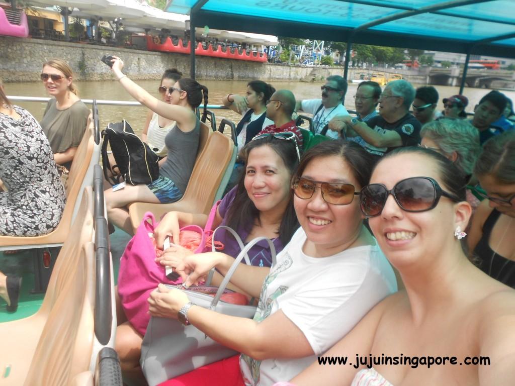 Passeio de barco pelo rio Cingapura (Hop On Hop Off)