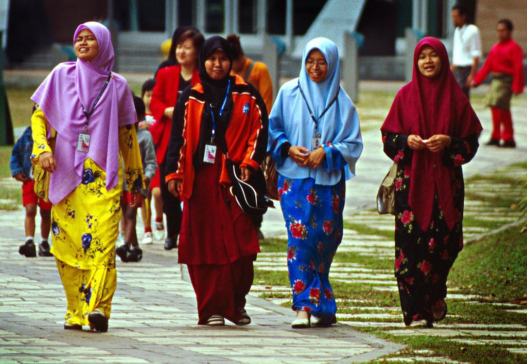 Mulheres malaias - Foto: www.asiasociety.org