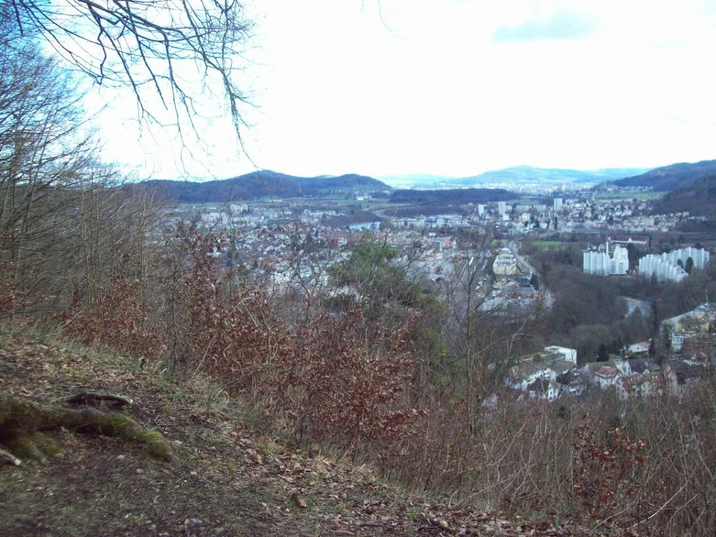 Vista da pequena Baden, a 24 Km de Zurique. Baden significa Termas . Famosa por suas termas, possui as águas mais ricas em minerais de toda a Suíça.