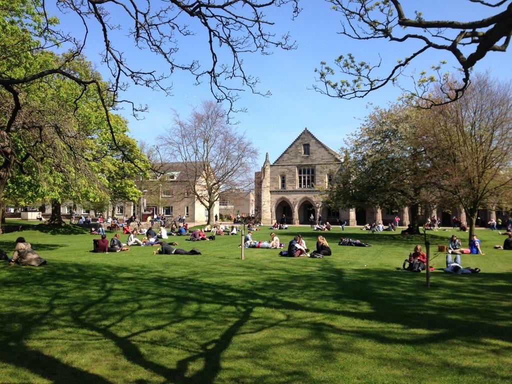University of Aberdeen (crédito: https://www.facebook.com/aberdeeninternational/)