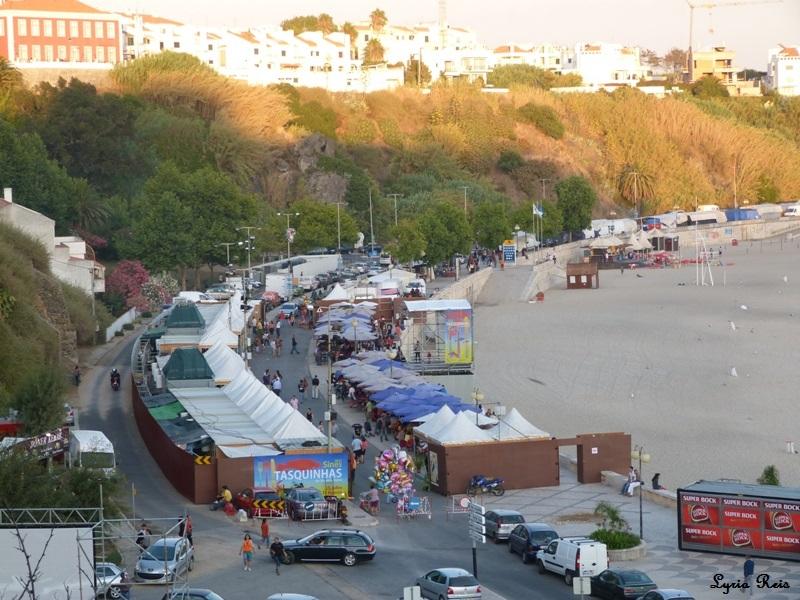 Tasquinhas na Avenida do Mar. FMM Sines 2011. Arquivo pessoal
