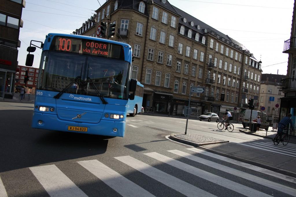 Ônibus intermunicipal, por aqui chamado de regional (Foto: Midttrafik/Divulgação)