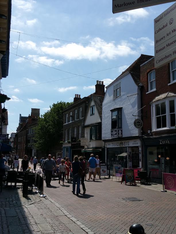Rua principal ou High Street