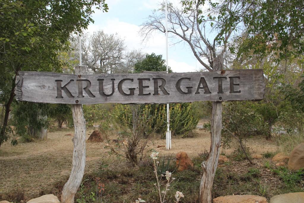 Paul Kruger Entrance Gate -um dos 9 portões do Kruger - (foto: M. Braga)