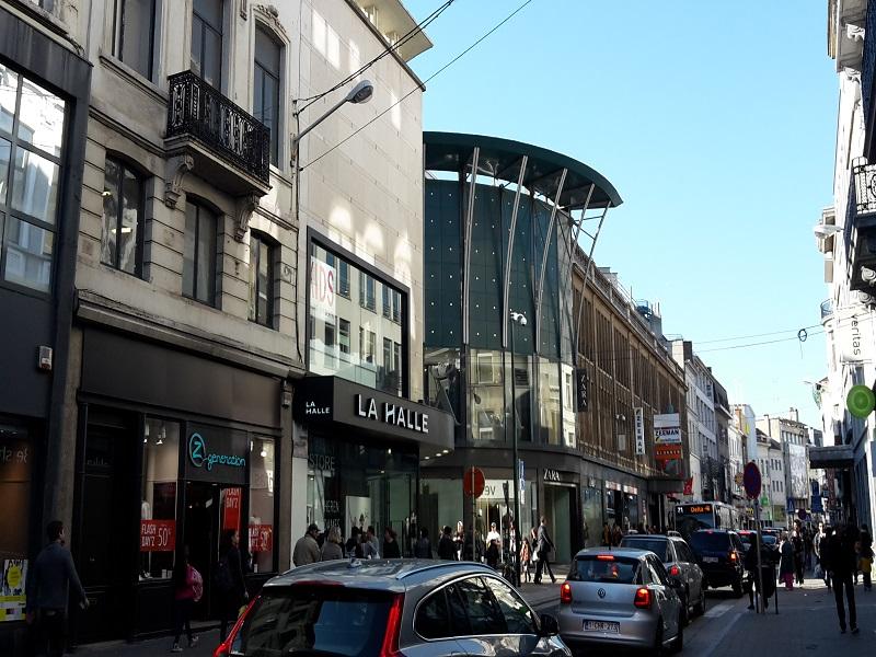 Comércio no centro de Ixelles