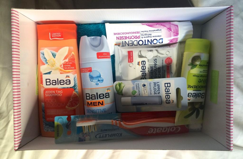 Minha caixinha. A maioria com produtos da marca Balea, que é da drogaria DM. São produtos