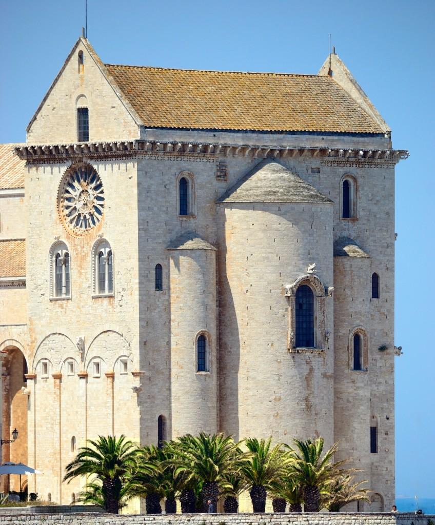 Una vista della cattedrale di Trani (BA)