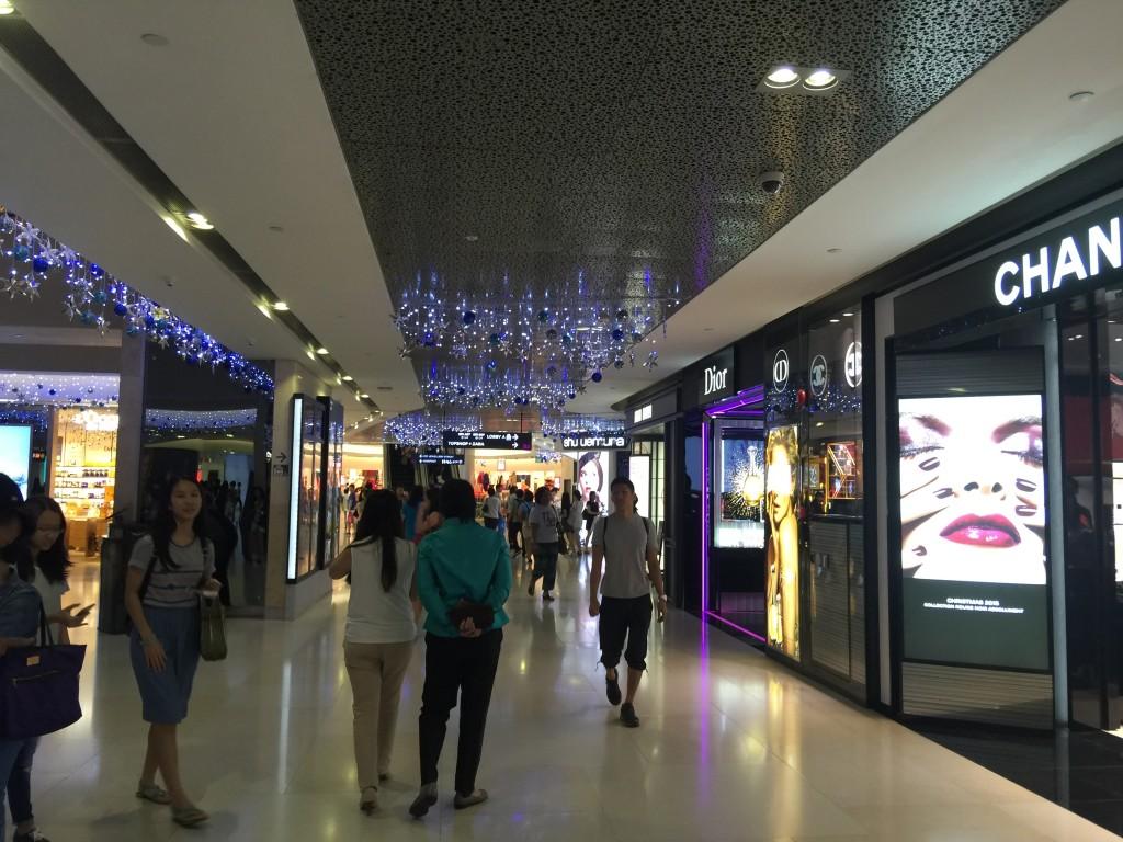 Lojas em galeria subterranea
