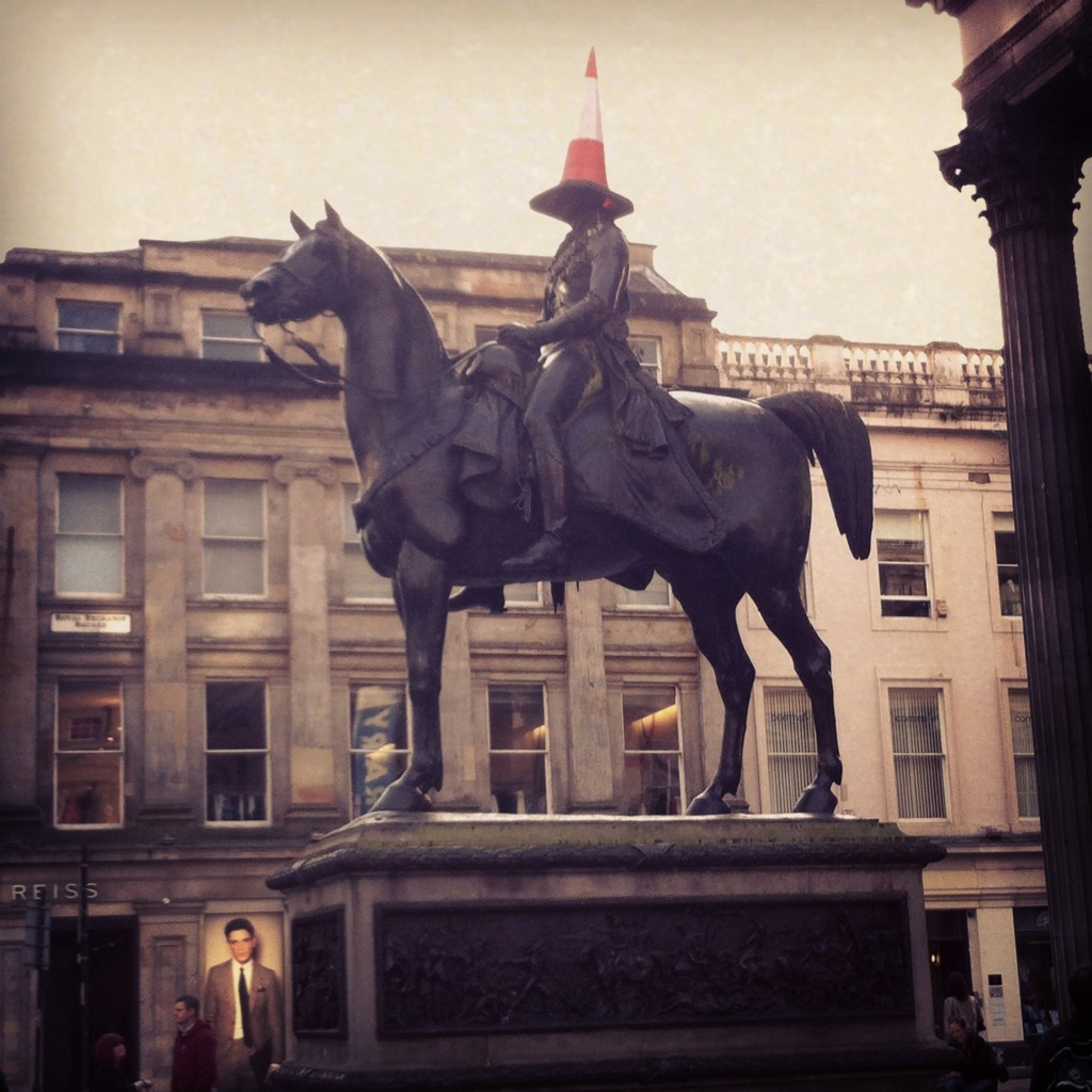 Estátua do Duque de Wellington, com seu famoso cone