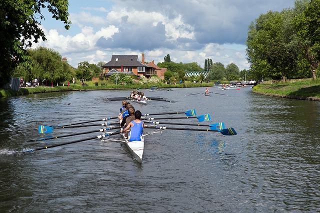 rowers-384236_640