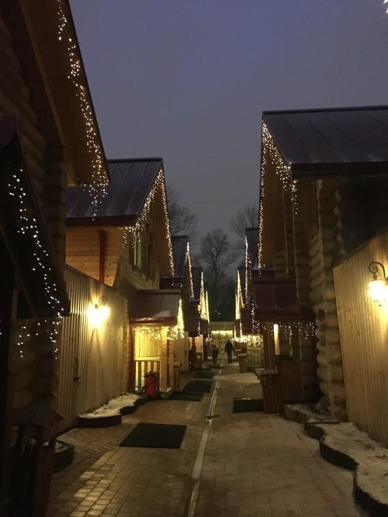 Banya russa: cada casinha é um espaço privativo de sauna e tratamentos