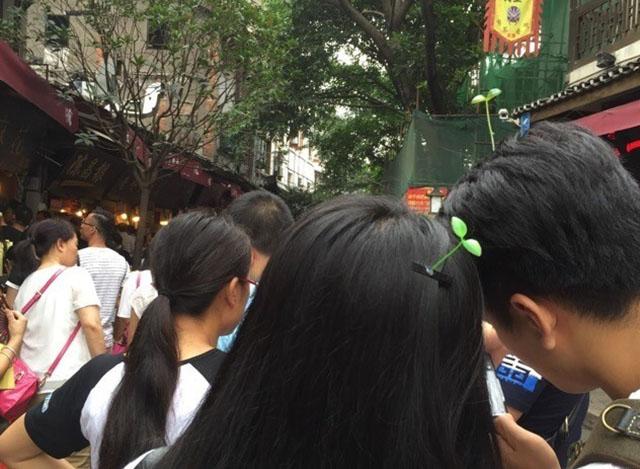 moda na china grampos no cabelo