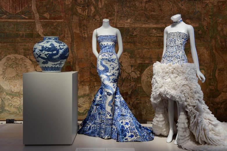vestido roberto cavalli alexander mcqueen inspirados cultura chinesa