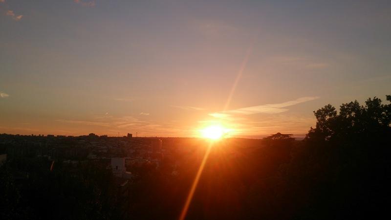 Arquivo pessoal: por do sol, da Ponte de Segóvia - a Casa de Campo está ao fundo