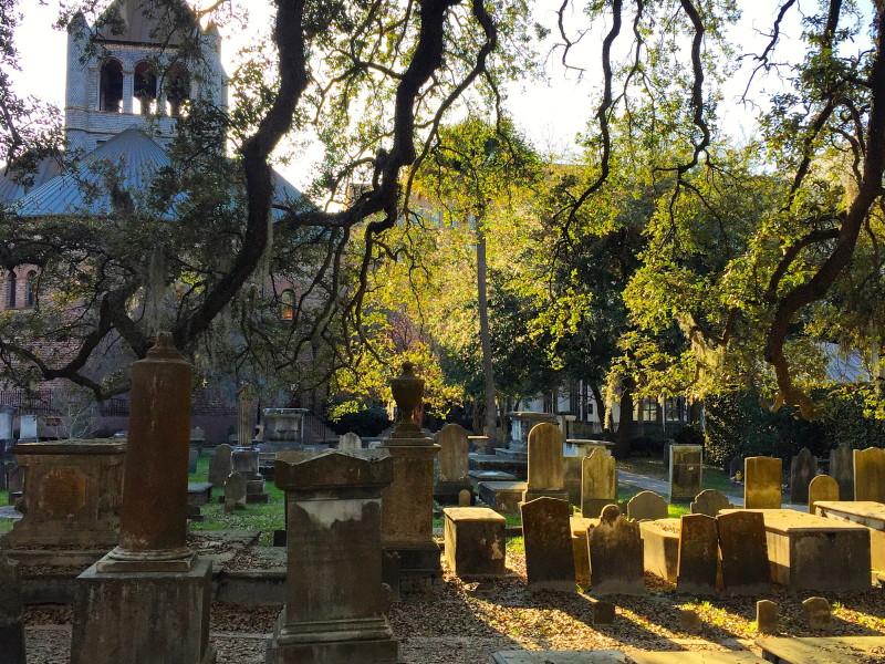 Cemitérios com vítimas da Guerra da Secessão espalhados por toda a cidade