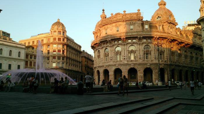 Piazza di Ferrari, Gênova [Crédito imagem: FA.Serra]