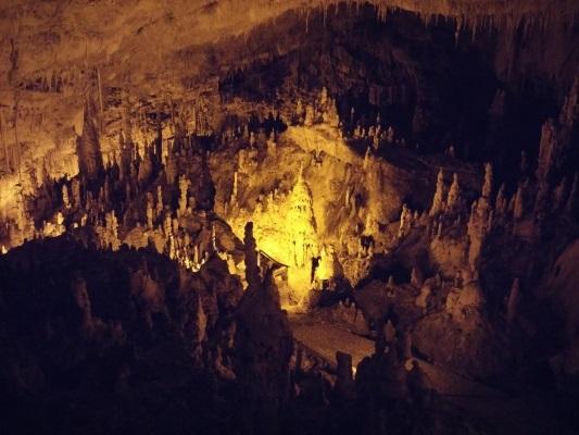 Caverna de Perama