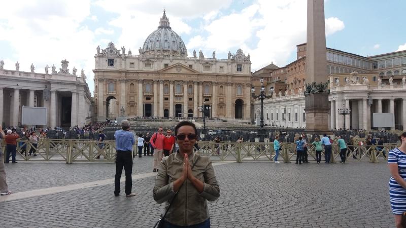 Ao fundo Basílica de São Pedro