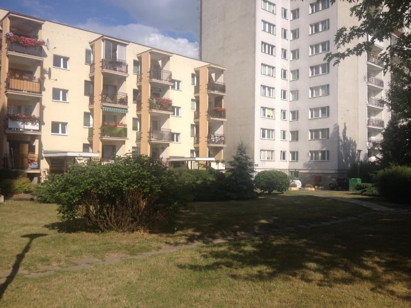 Prédios no bairro de Ursynów em Varsóvia