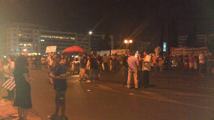 Um dos muito protestos em Atenas, crise e desemprego