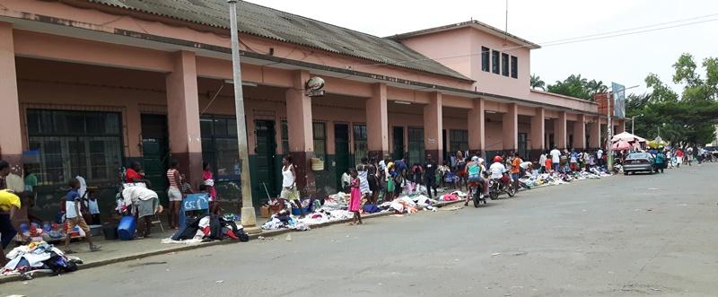 FOTO 2 - Mercado Municipal de São Tomé