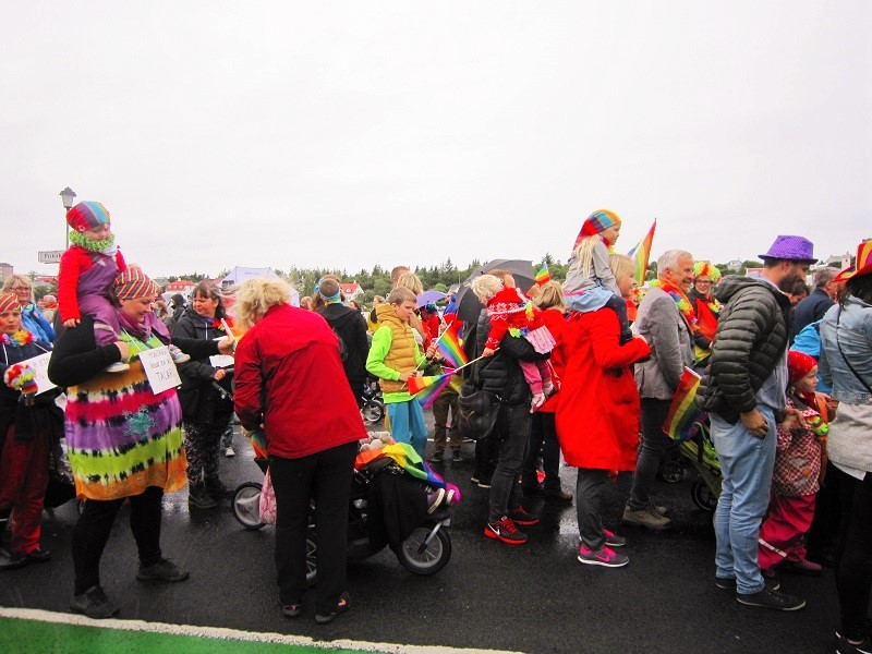O Gay Pride Reykjavik (Orgulho Gay) é uma festa para toda a família, sempre!