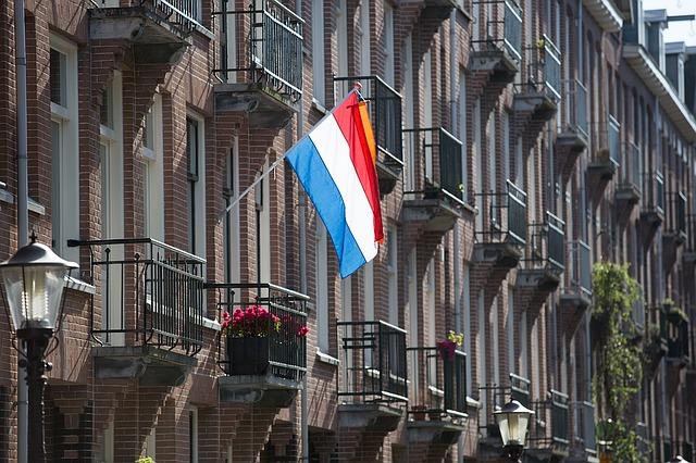 flag-1275831_640
