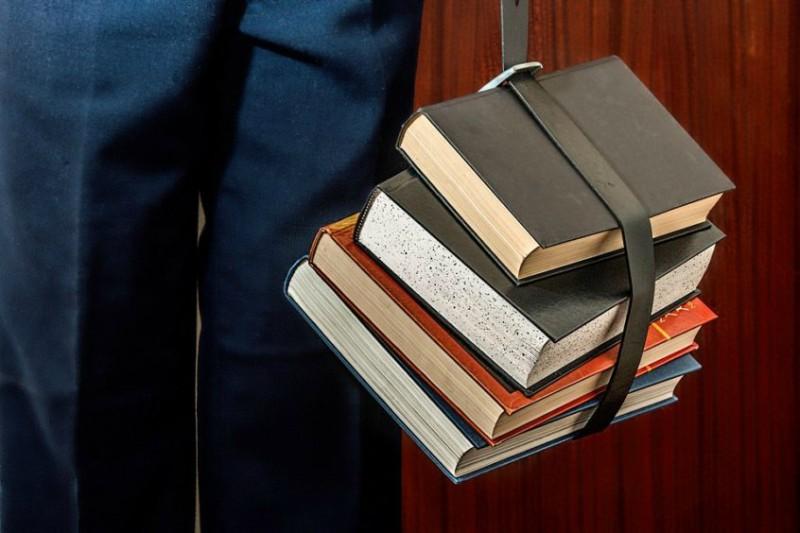 books-1012088_960_720-846x564