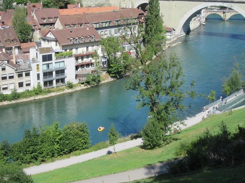 Foto: www.minhasuica.com - Pedalando em Berna
