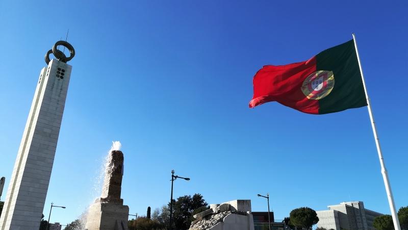 87ab0c0144fc4 Visto D7 para aposentados morarem em Portugal